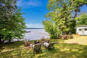 Lakeview photos large group family vacation rentals