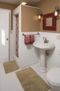bathroom sink photos large group family vacation rentals